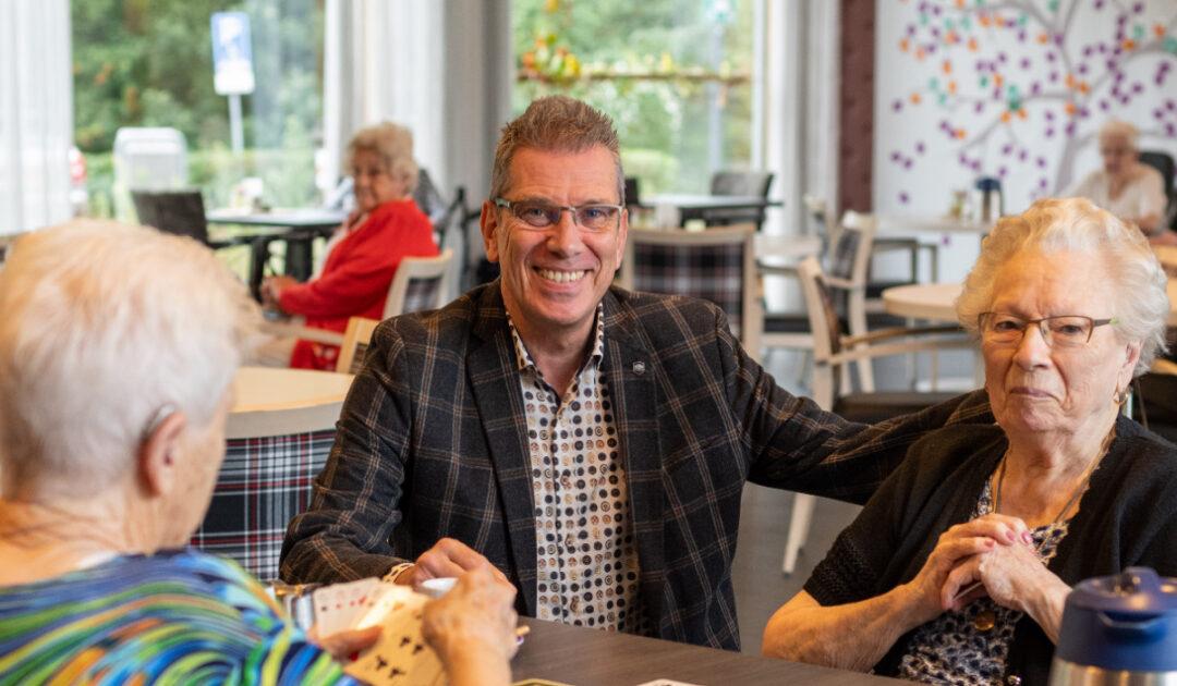 Samenwerking regio's hard nodig om ouderenzorg te redden